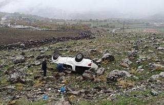 Şanlıurfa'da kamyonet devrildi: 6 yaralı