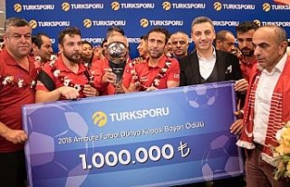 Turkcell'den Ampute Futbol Milli Takımı'na 1...