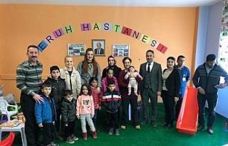 İzmirli kadınlardan Eruh'a oyun parkı