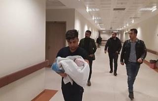 Siirt'te metruk binanın bahçesinde bebek bulundu
