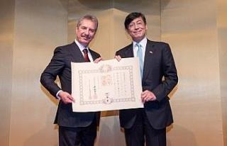 Ahmet Çalık'a Japonya Devlet Nişanı verildi