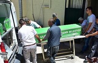Gaziantep'te devrilen otomobilin sürücüsü öldü