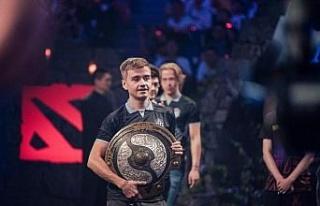 Team OG, espor turnuvasında 15 milyon dolar kazandı