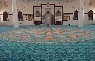 Gaziantep'ten dünyanın dört bir yanına cami halısı...