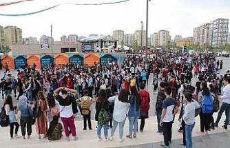 Ziraat Bankası Diyarbakır Gençlik Festivali'ne yoğun ilgi
