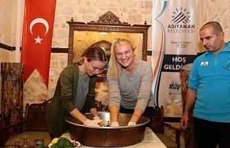 Başkan Kutlu, Sırbistanlı turizmcilere Adıyaman'ı tanıttı
