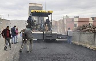 Eruh'ta asfalt çalışması sürüyor