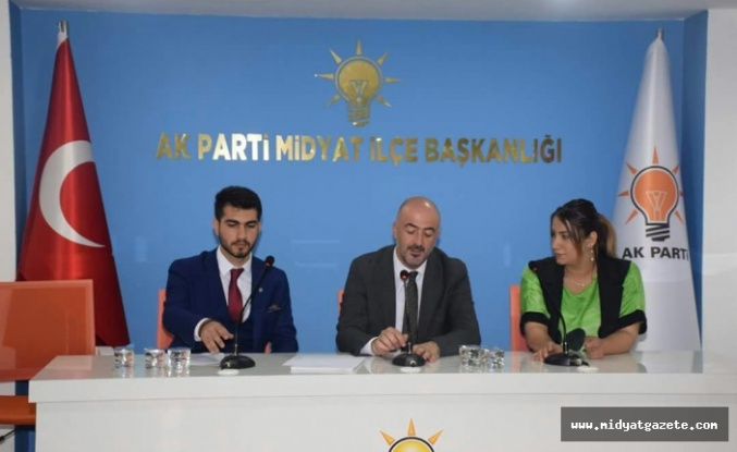 Muhammed Alan, AK Parti Midyat İlçe Teşkilatını Ziyaret Etti