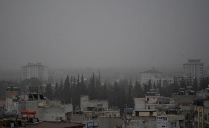Suriye sınırında toz bulutu etkili oluyor