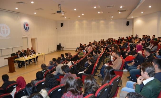 İslahiye İİBF'de kariyer günleri konferansı