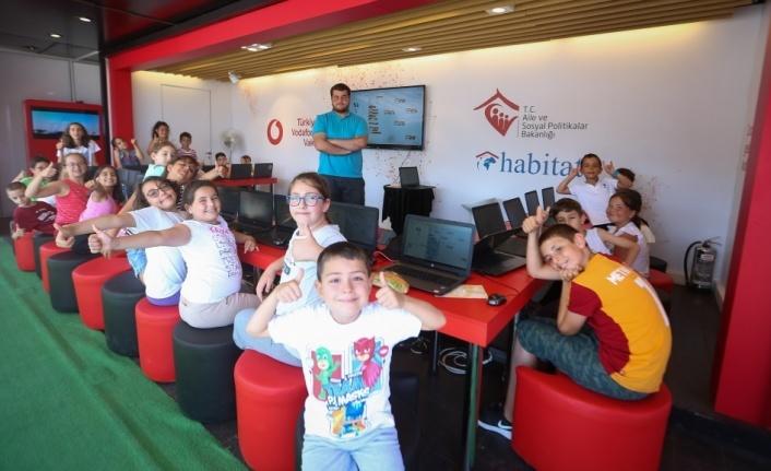 Vodafone, Sinop'un köy ve kasabalarına kodlama götürdü